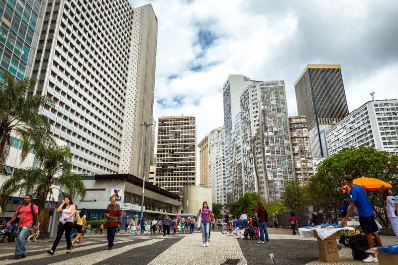 Le costruzioni moderne nel settore commerciale del centro di Rio de Janeiro, vicino a Sata Teresa fotografia stock