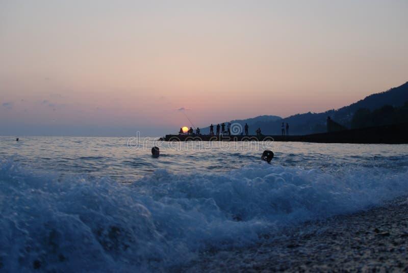 Le coucher du soleil voient l'été photographie stock libre de droits