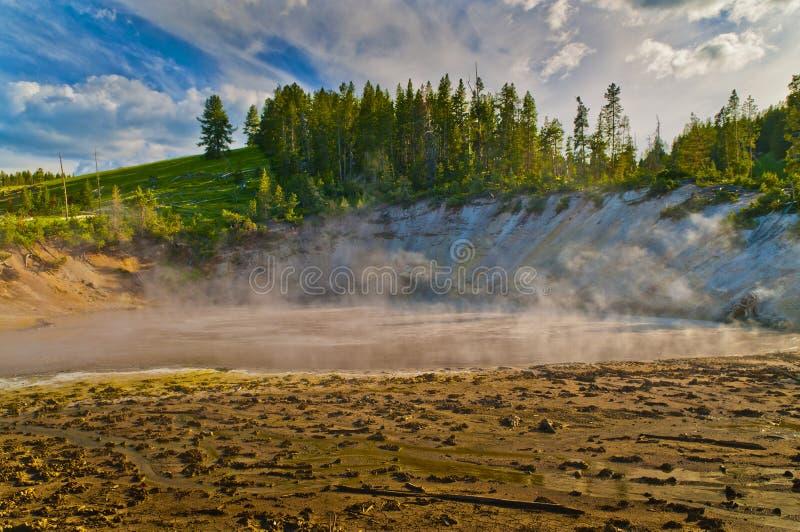 Le courant ascendant met Yellowstone en commun images stock