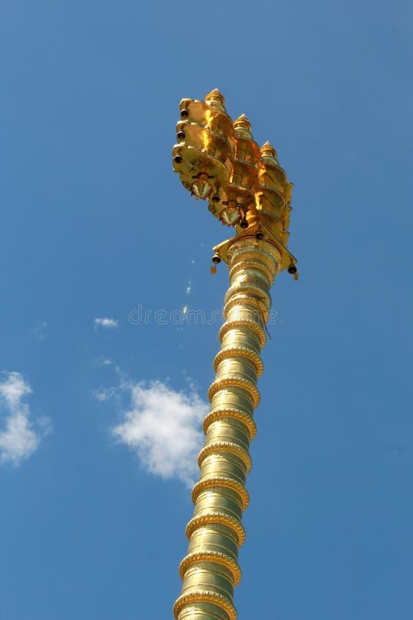 Le courrier d'or de drapeau de saint du temple de Brihadisvara dans Gangaikonda Cholapuram, Inde images libres de droits