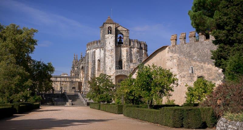 Le couvent du Christ adoube le château de Templar en Tomar Portugal photos libres de droits