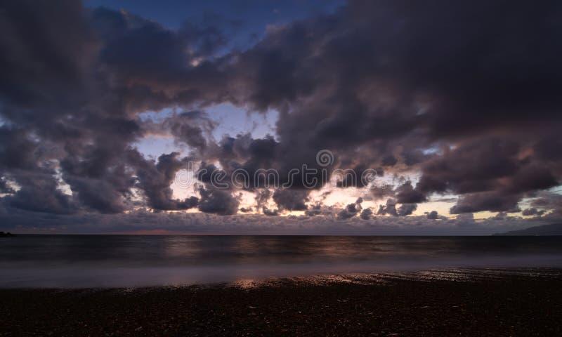 Le crépuscule panoramique sur la plage Cavi di Lavagna Gouf de Tigullio Ligurie Italie photos libres de droits