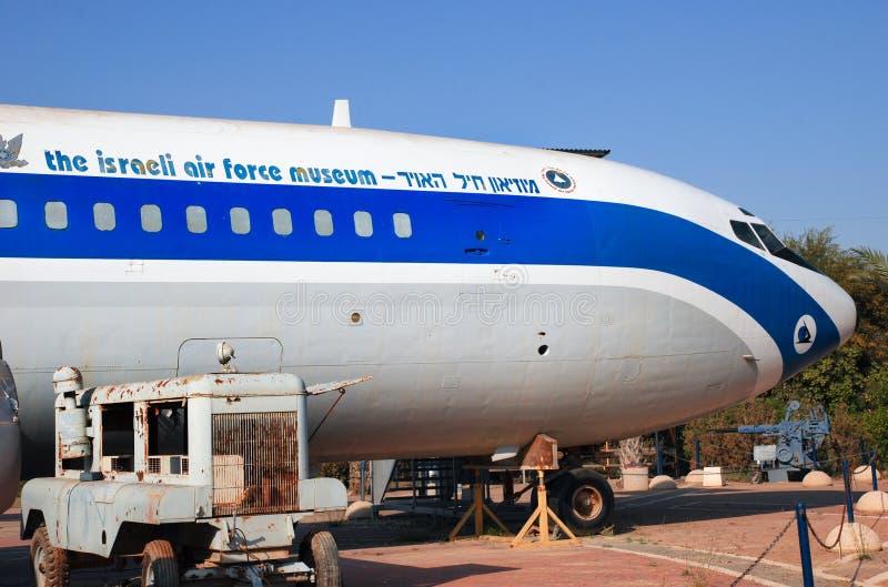Le cru Boeing 707 a montré au musée israélien de l'Armée de l'Air photographie stock libre de droits