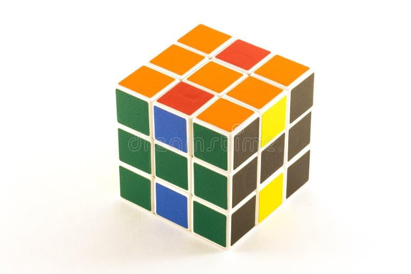Le cube en ` s de Rubik sur le fond blanc images libres de droits