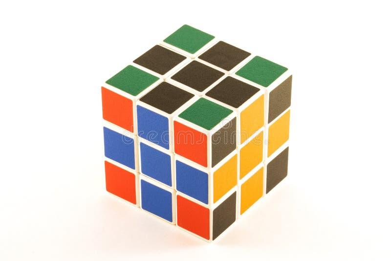 Le cube en ` s de Rubik sur le fond blanc photo libre de droits