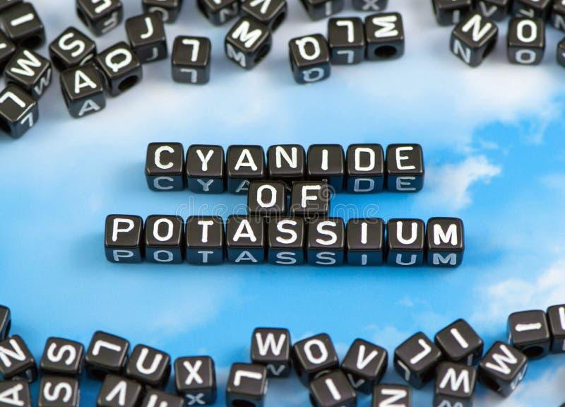 Le cyanure de mot du potassium image stock