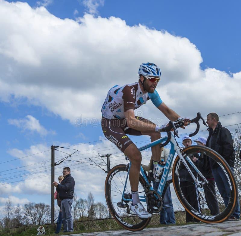 Le cycliste Hugo Houle - Paris Roubaix 2016 images stock
