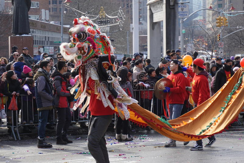 Le défilé lunaire chinois 156 de la nouvelle année 2015 image stock