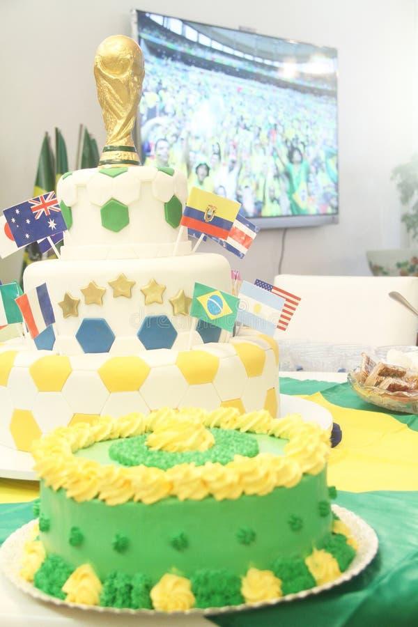 Le déjeuner de gâteau a coloré le sao jaune vert Paulo Brazil de pain de couleur photo libre de droits