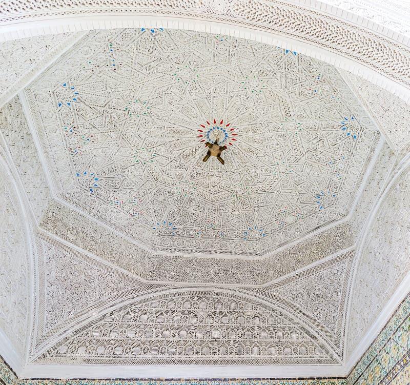 Download Le dôme blanc image éditorial. Image du vieux, manoir - 77159555