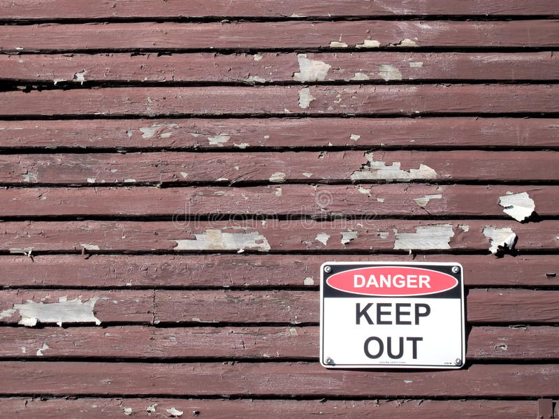 Le danger empêchent d'entrer le signe photographie stock libre de droits
