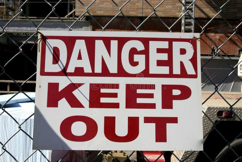 Le danger gardent à l'extérieur photographie stock