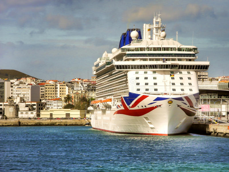 Le ` de luxe du ` BRITANNIA de croisière de P&O Cruises Company images libres de droits