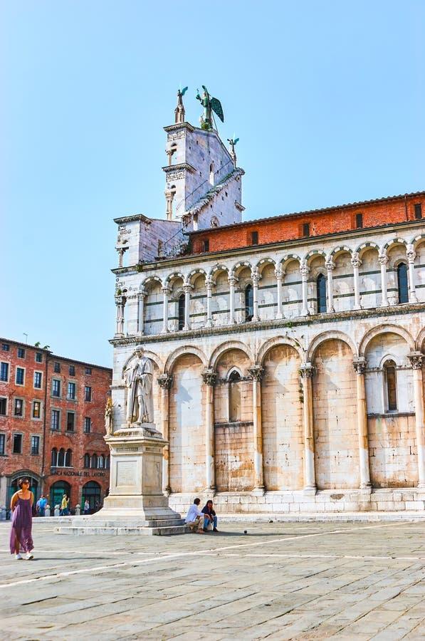 Le decorazioni di marmo della basilica di San Michele in foro a Lucca, immagini stock libere da diritti