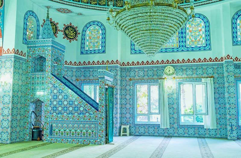 Le decorazioni piastrellate nella moschea di Alanya immagini stock libere da diritti
