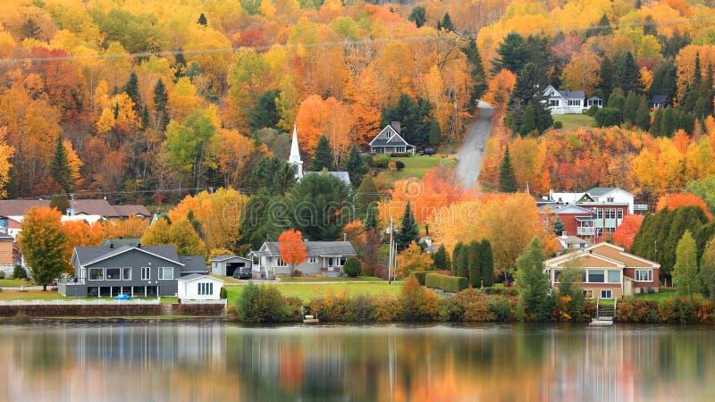 Le DES empile le paysage de ville au Québec, Canada photographie stock libre de droits