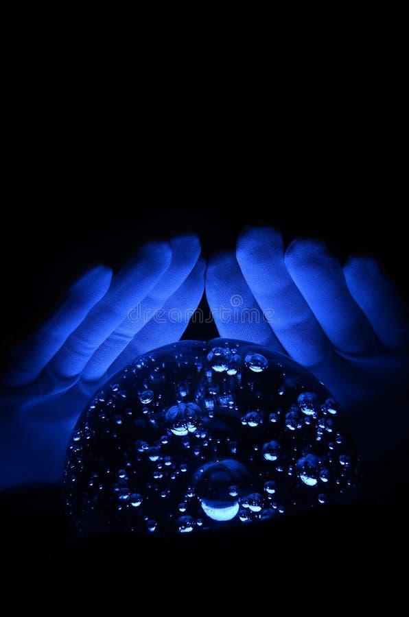 Le dire de fortune de bille en cristal images stock