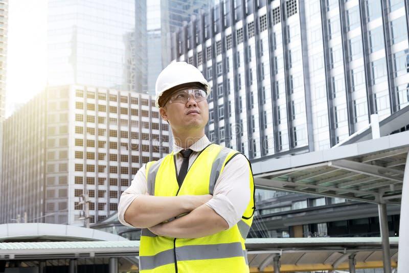 Le directeur de construction d'un projet à grande échelle images libres de droits