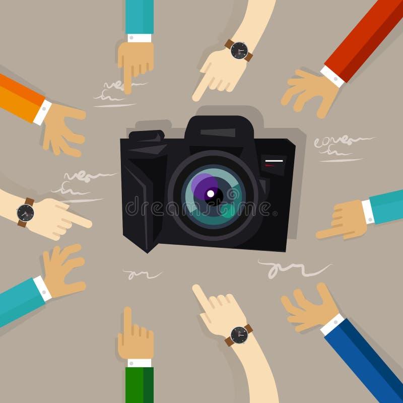 Le dispositif de technologie d'examen d'appareil-photo regardant pour objecter des mains dirigeant l'évaluation de la communauté  illustration de vecteur