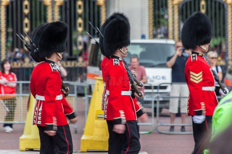 Le dispositif protecteur Buckingham Londres photo stock