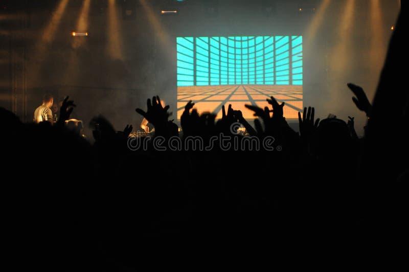 Le DJ au concert photographie stock libre de droits