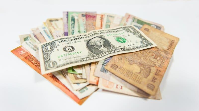 Le dollar domine toutes autres devises dans le monde entier photos libres de droits
