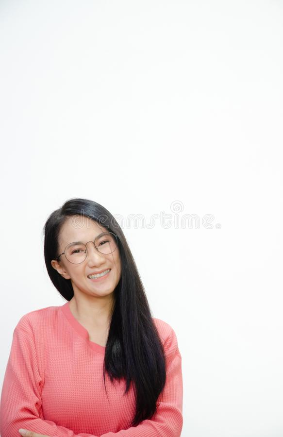 Le donne asiatiche stanno sorridendo fotografie stock