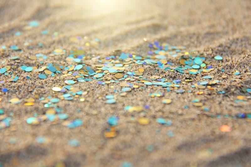 Le doux de vert, de bleu ou de turquoise a brouillé le fond de Boke Paillettes et fond argenté brillant de couleur Fond lumineux  photos stock