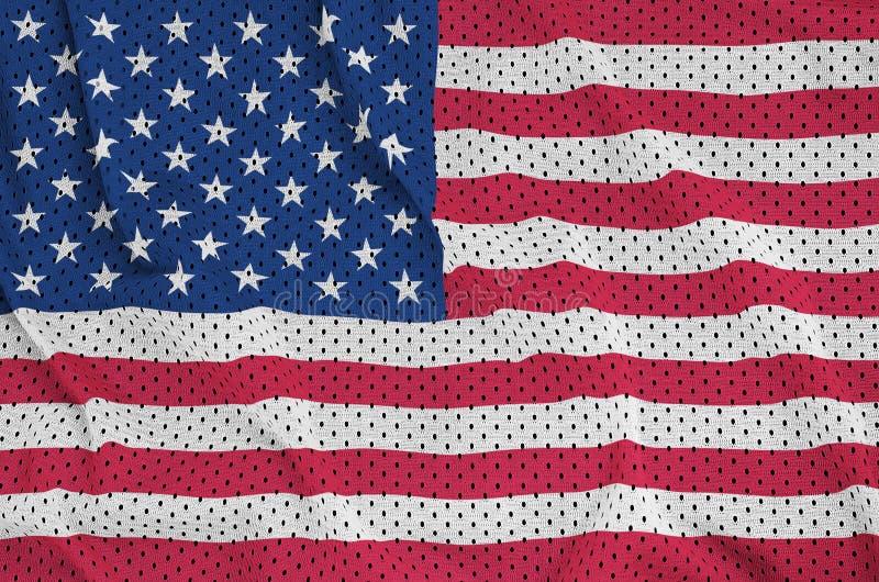 Le drapeau des Etats-Unis d'Amérique a imprimé sur un sport de nylon de polyester images stock