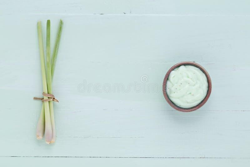 Le erbe fresche casalinghe asiatiche sfrega fotografia stock