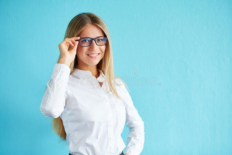 le för affärskvinnaexponeringsglas royaltyfri bild