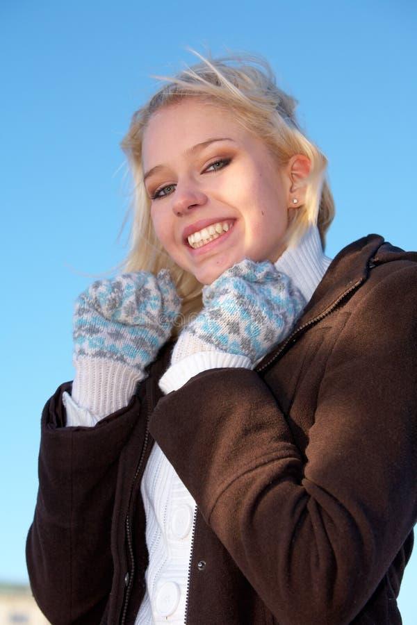 le för flicka som är tonårs- royaltyfria bilder