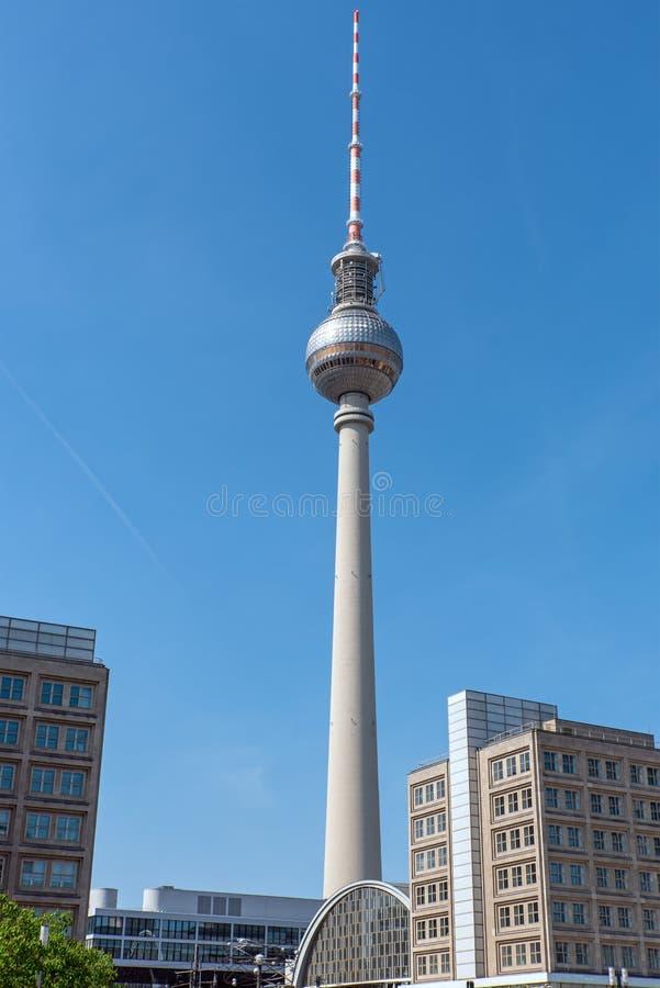 Le Fernsehturm, Berlins la plupart de point de repère célèbre image libre de droits