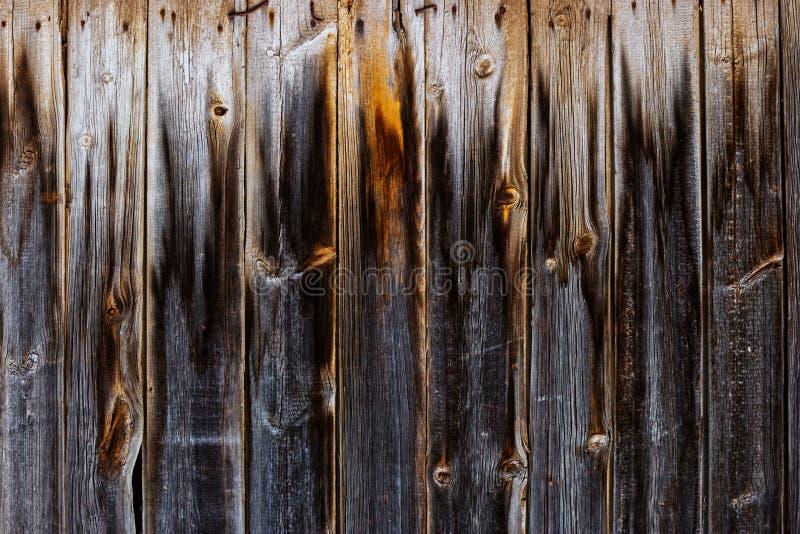 Le feu âgé de With Footprint Of de barrière de planche image stock