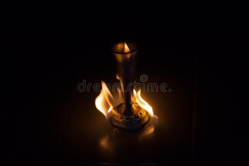 Le feu avec le feu photo stock