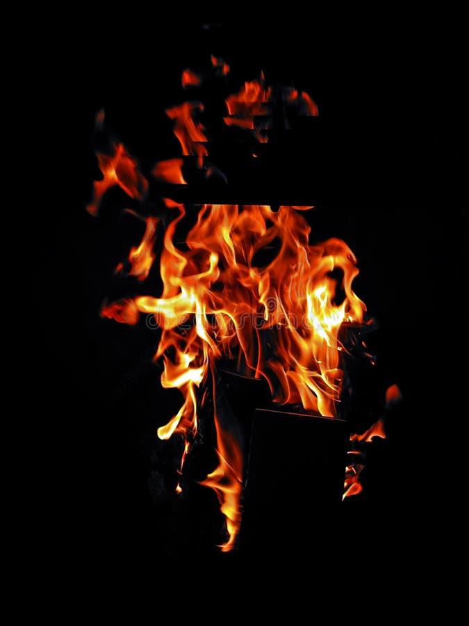 Le feu de nuit photographie stock