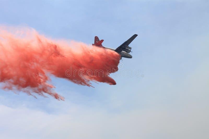 Le feu de ressort | 2013 | baisse ignifuge #1 photographie stock