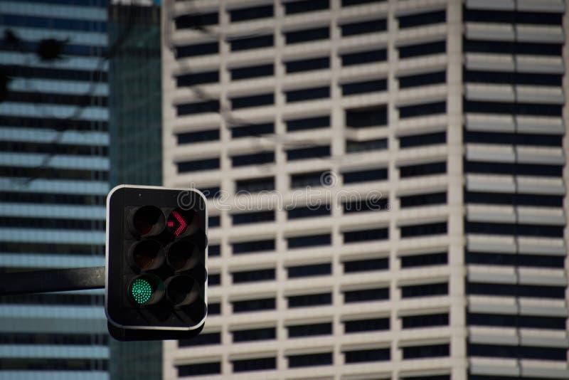 Le feu de signalisation pas tourne-à-droite vont directement images stock