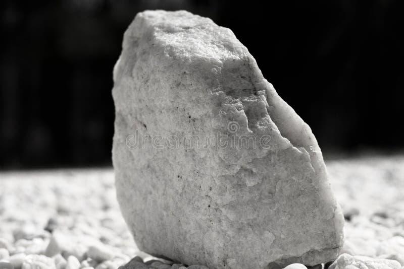 Le ` film noir et blanc de Kodak de rocher de quartz de ` de roche de lune le tri-x éditent le vibe de 70 ` s photographie stock libre de droits