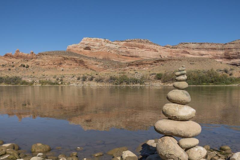 Le fleuve Colorado chez Dewey Bridge Campground photographie stock