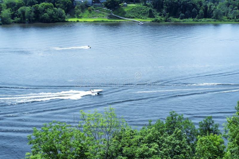 Le fleuve Connecticut dans Haddam est le Connecticut images stock