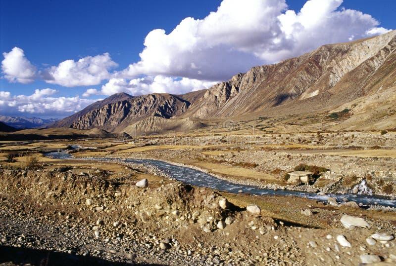Le fleuve en plateau photo stock