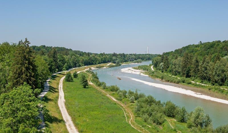 Le fleuve Isar à Munich en Bavière photo stock