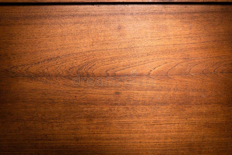 Le fond en bois avec des textures naturelles, les panneaux de mur en bois donnent au fond une consistance rugueuse image libre de droits