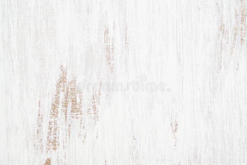 Le fond grunge rouillé sans couture peint blanc de texture en bois, a rayé la peinture blanche sur des planches du mur en bois photo libre de droits