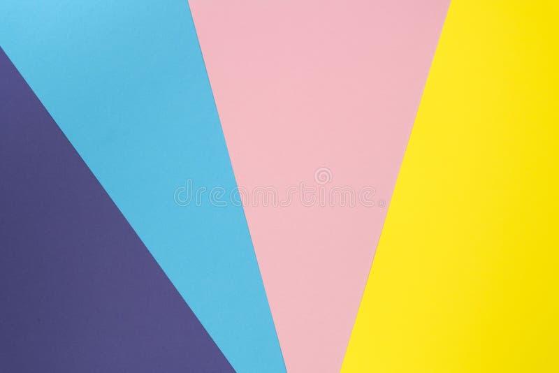Le fond multicolore a fait de couleur de papier en pastel Disposition créative de fond coloré pour la conception Configuration pl photographie stock libre de droits