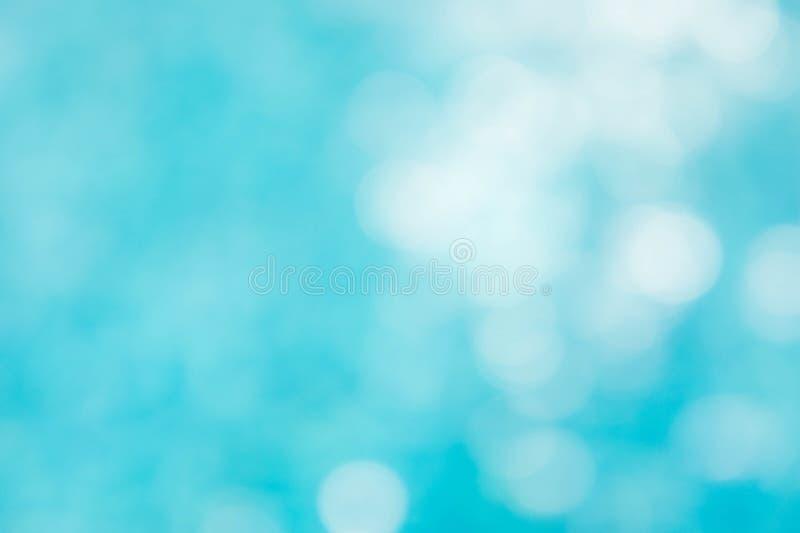 Le fond vert-bleu abstrait de tache floue, wallpaper la vague bleue avec s photos libres de droits