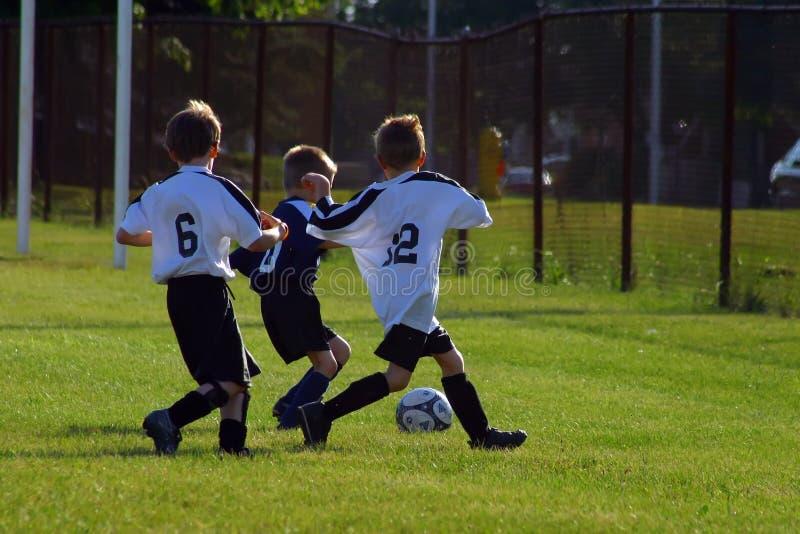 Le football de gosses photo libre de droits