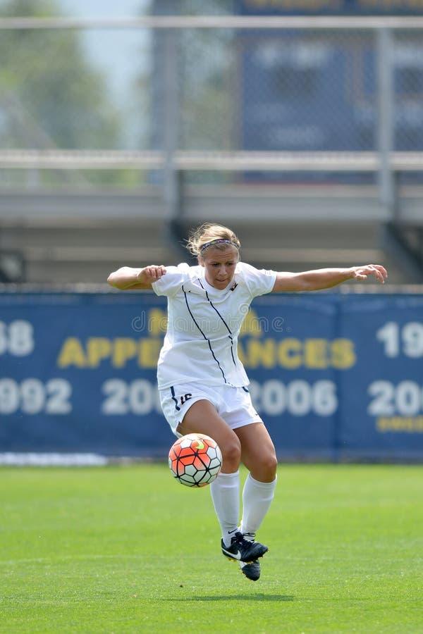 2015 le football des femmes de NCAA - Villanova @ WVU photos stock