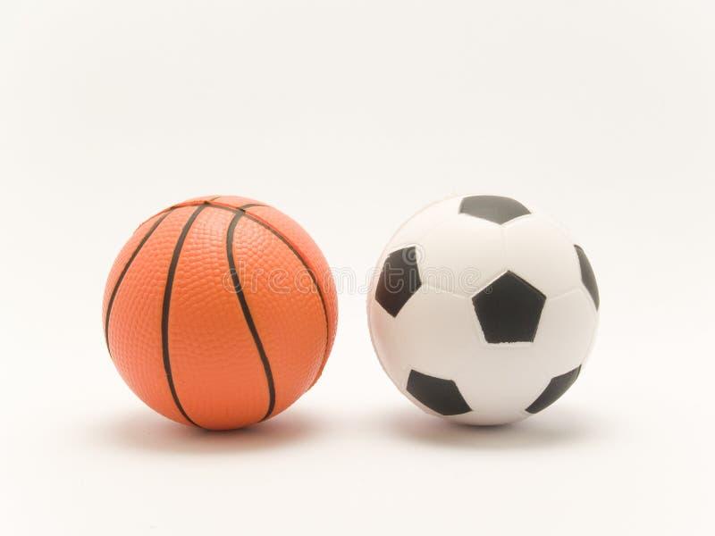 Le football et basket-ball photographie stock libre de droits